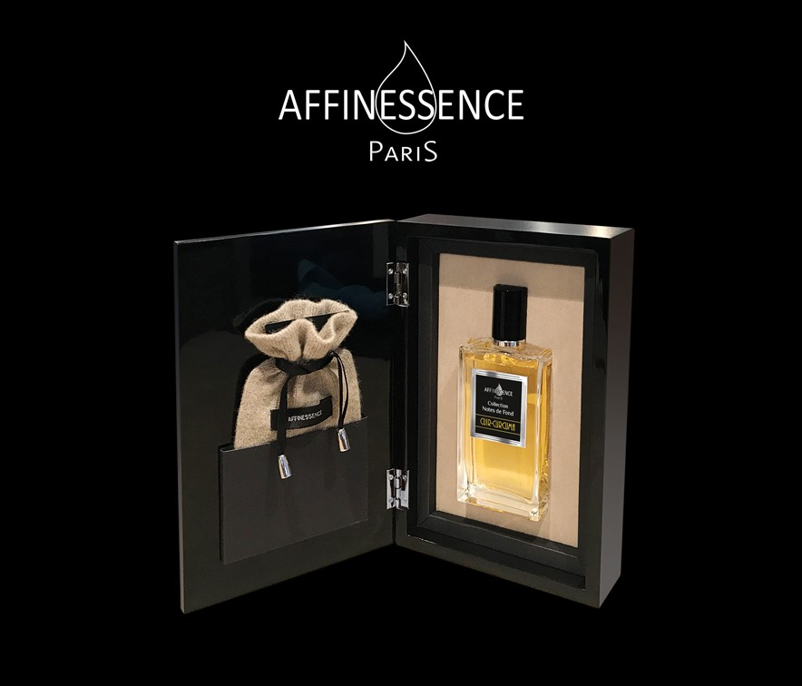 New Premium presentation in a black-lacquered wood coffret