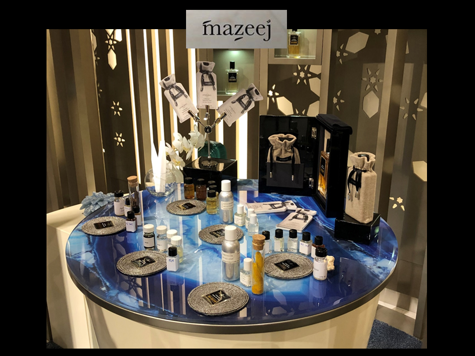MAZEEJ luxurious perfumery AFFINESSENCE Base Notes Collection at Avenues Mall in Kuwait